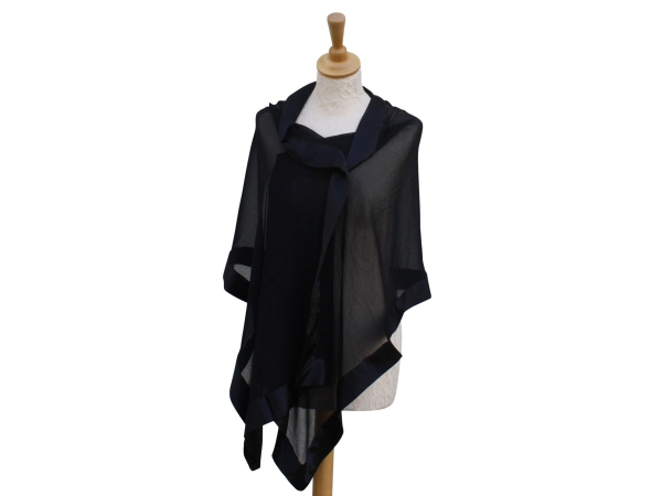 Black silk wrap