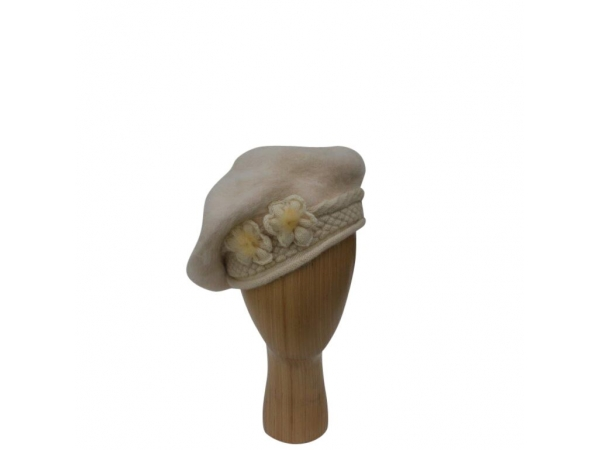 H-005 Beige Beret Winter Hat