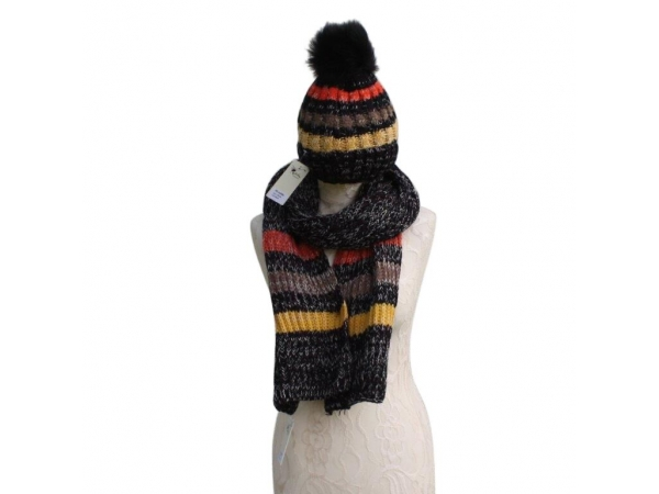 Black Hat & Scarf Set