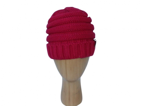 H020 Fuchsia ribber winter hat.
