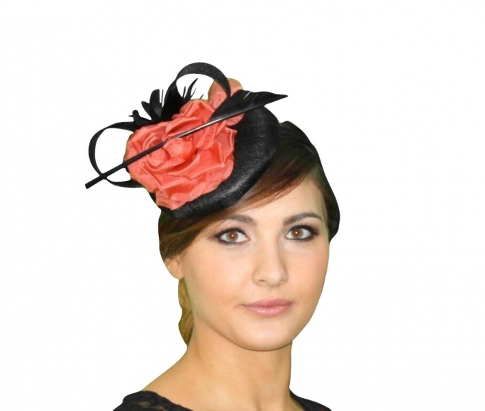Macy Black/orange fascinator