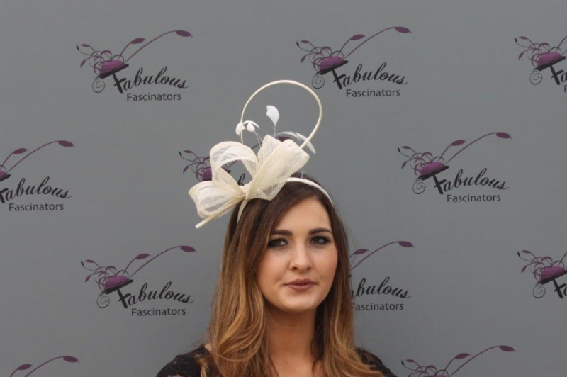 Beth Cream fascinator