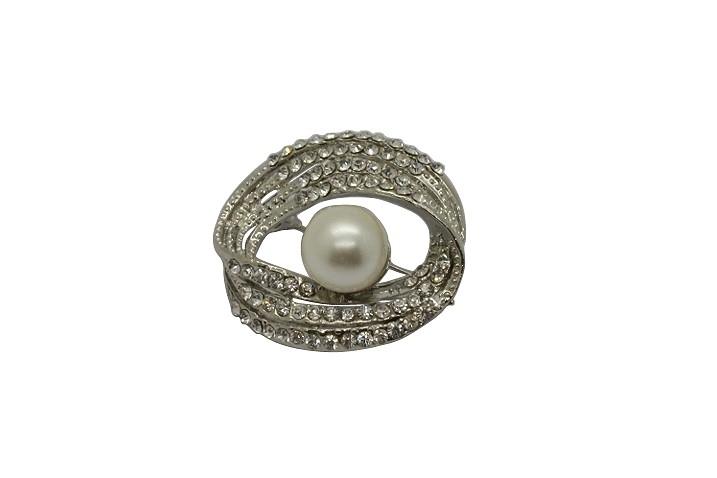 Br98 Pearl & crystal brooch