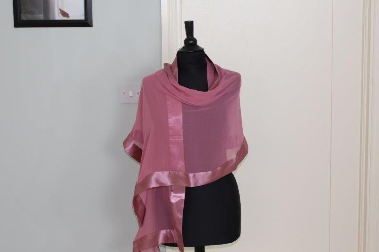 Dusty pink wrap