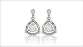 E423 Small drop earring