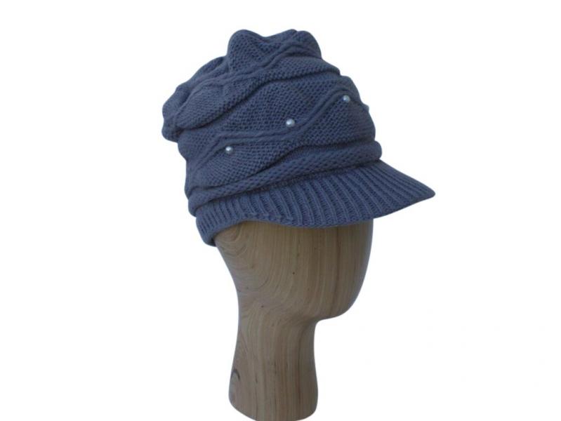 H016 Grey peak hat with pearl detail.