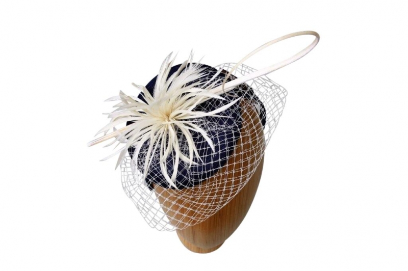 Kelly Navy/cream Fascinators
