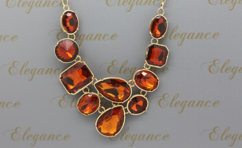 N216am  Large crystal necklace