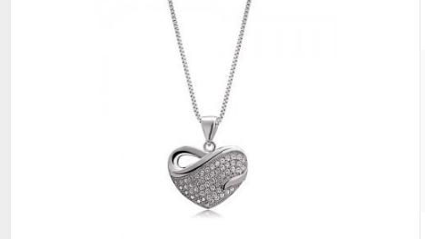 Ne309s Crystal Heart Necklace