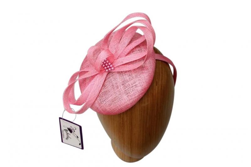 Pearl Pink fascinator