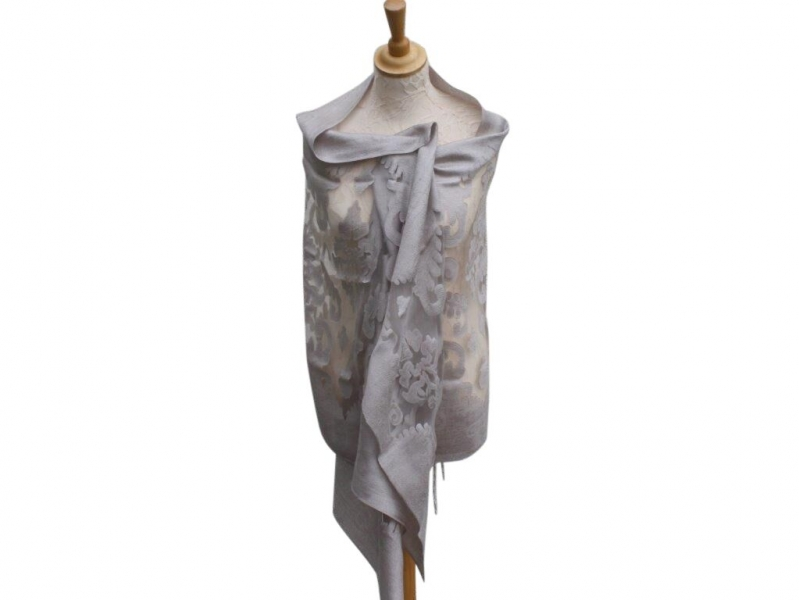 Viscose,cotton & silk wrap Silver